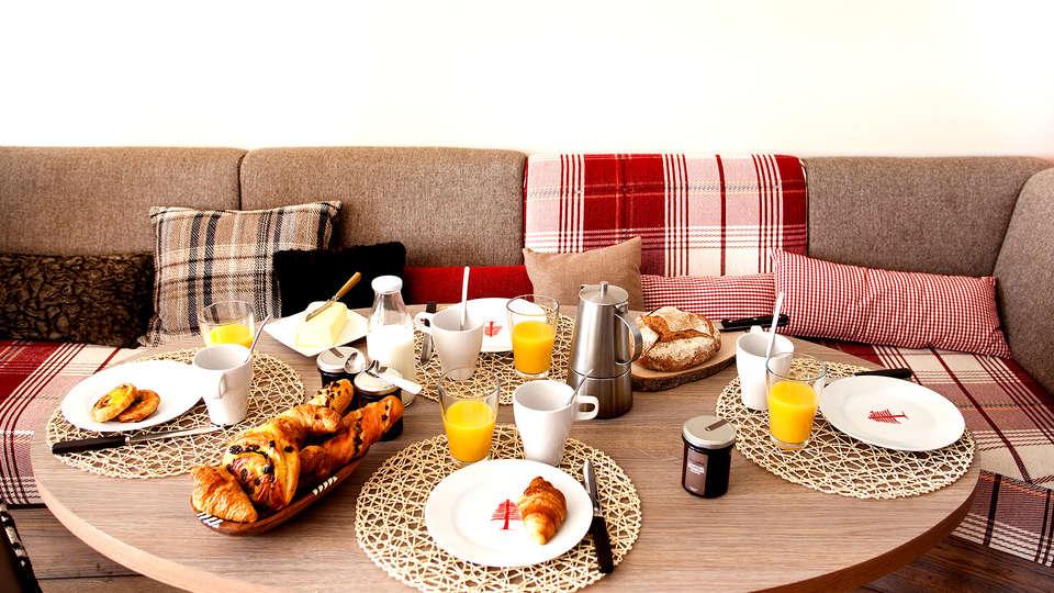 Pierre et Vacances Le Crozats - Edit_Breakfast.jpg