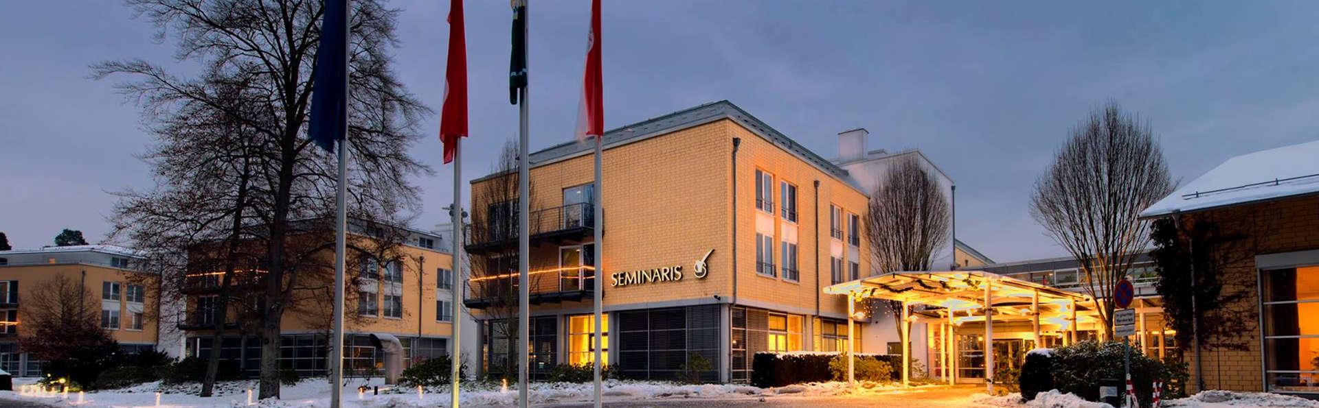 Seminaris Seehotel Potsdam - Edit_Front2.jpg