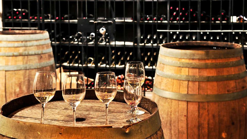 El Pilaret - EDIT_wine__1_.jpg