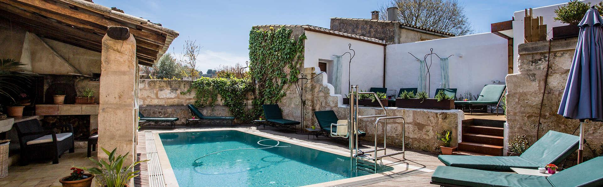 Alójate en una preciosa casa rural en Sineu, el corazón de Mallorca