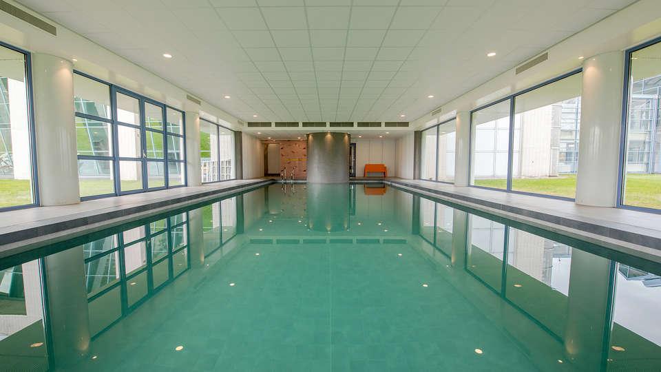 Best Western Plus Hotel Groningen Plaza - EDIT_NEW_Pool.jpg