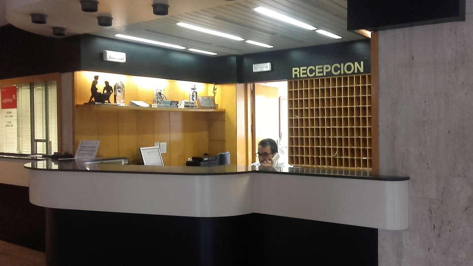 Balneario de Ledesma - Edit_Reception.jpg