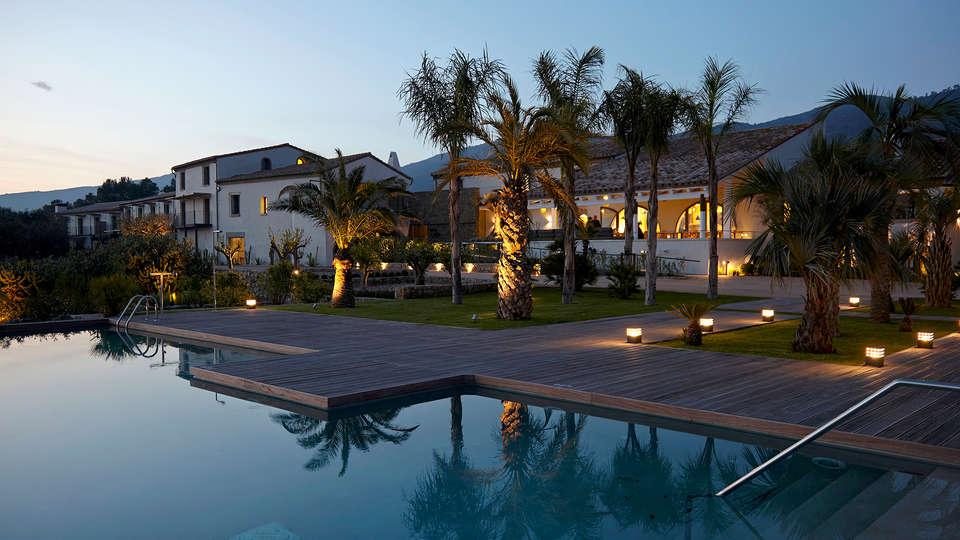 Hotel Mas Lazuli - EDIT_NEW_Front.jpg