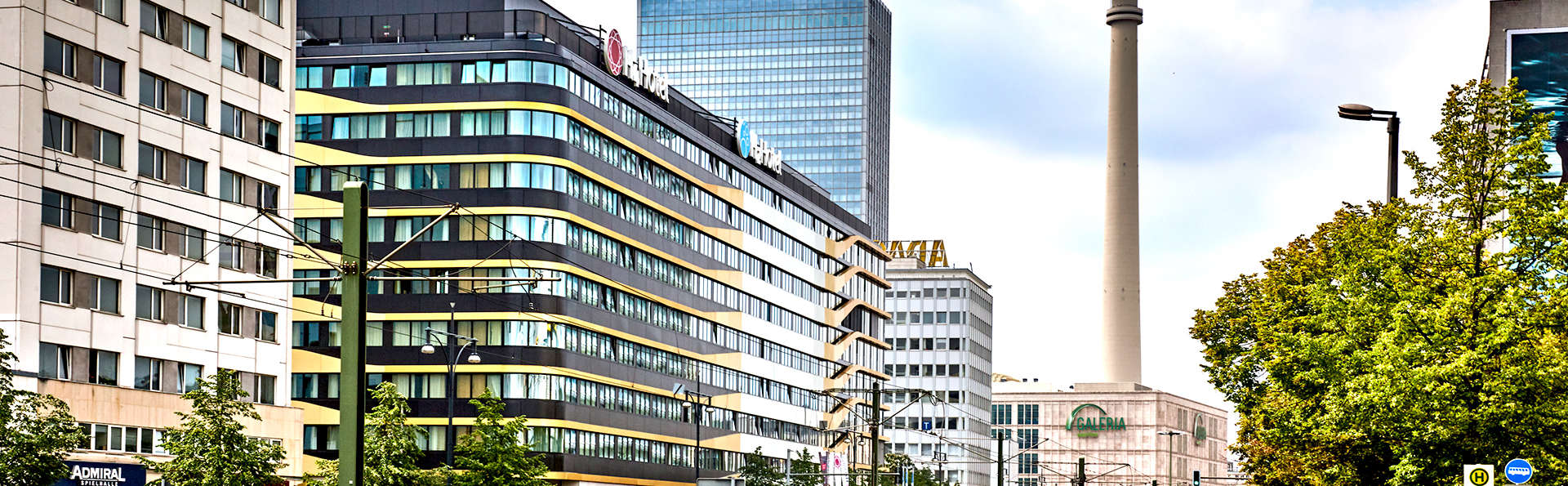 H4 Hotel Berlin Alexanderplatz - Edit_Front3.jpg