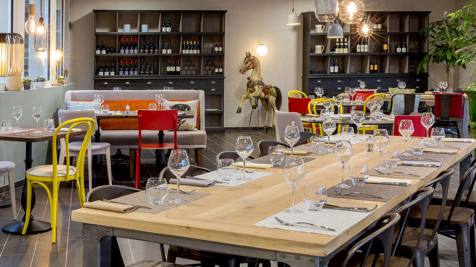 Best Western La Porte des Châteaux - Edit_Restaurant.jpg
