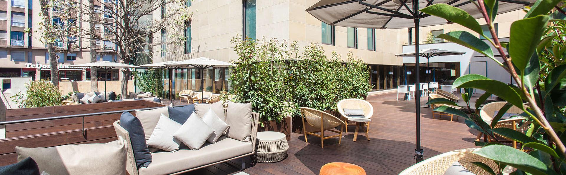 Séjour extra luxe avec cocktail offert sur l'une des plus belles terrasses de Barcelone