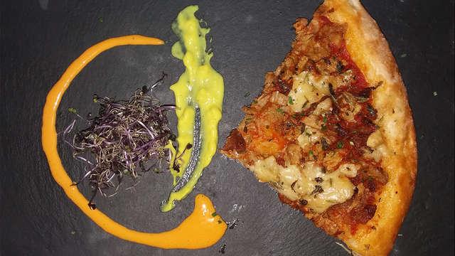 Escapada romántica: Gastronomía y estilo franciscano en Vejer de la Frontera, con cena incluida