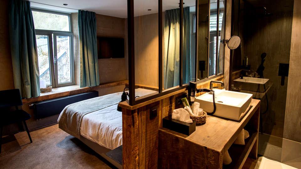 Hotel Victoria - EDIT_NEW_ROOM2.jpg