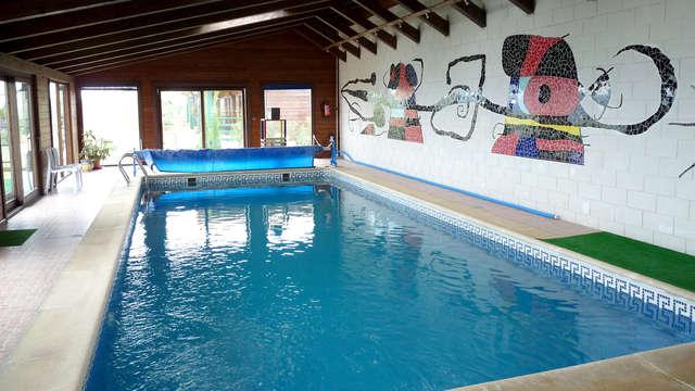 1 acceso a la piscina interior (día 1 y día 2)