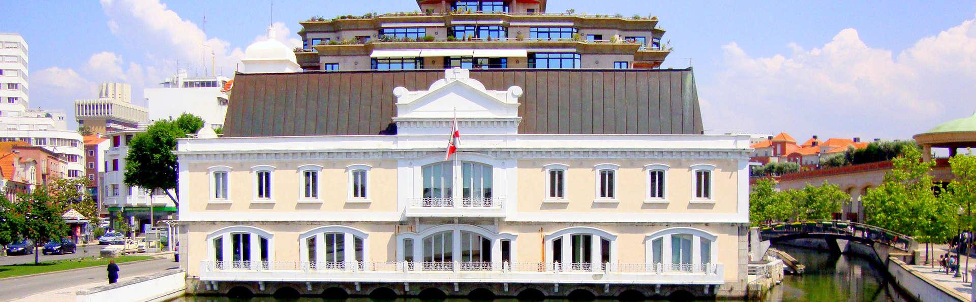 """Escapada romántica con City Tour por la ciudad de Aveiro """" La Venecia Portugesa """""""