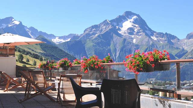 Ontsnap in het hart van de Alpen met een adembenemend uitzicht op de bergen
