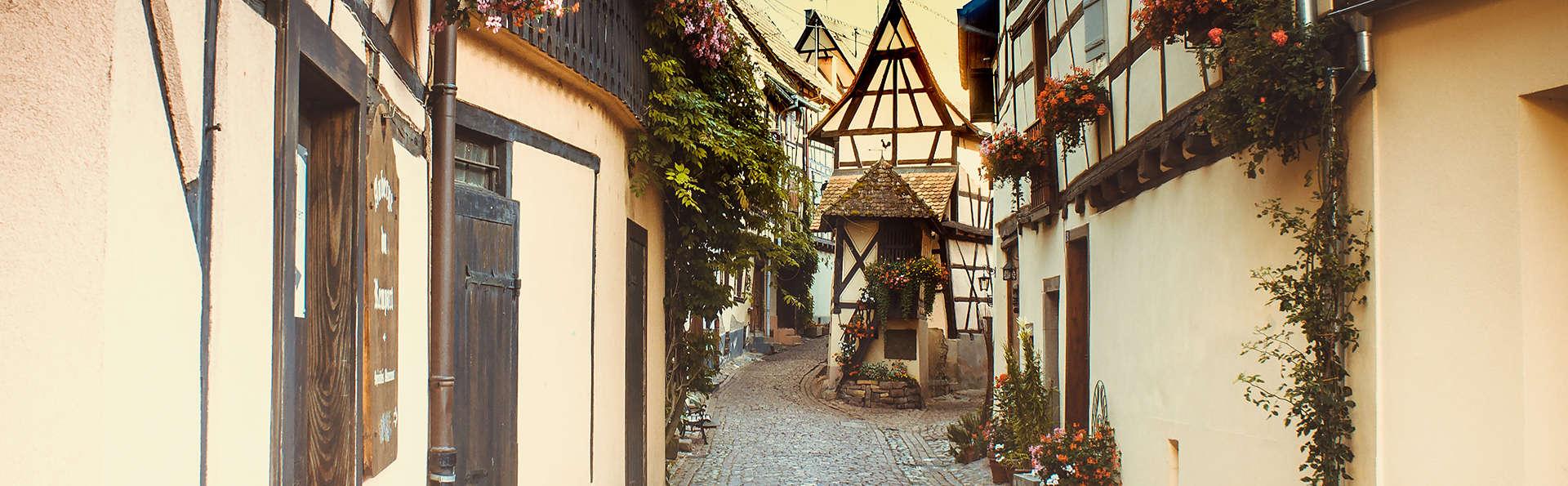 Charme français et saveurs traditionnelles dans un village médiéval en Alsace