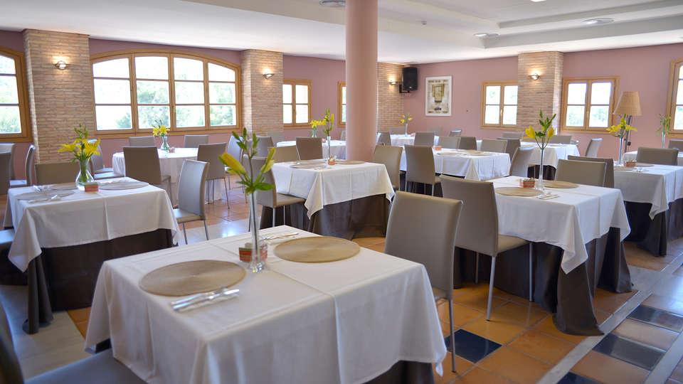 Hotel Jardines de la Santa - Edit_Restaurant.jpg