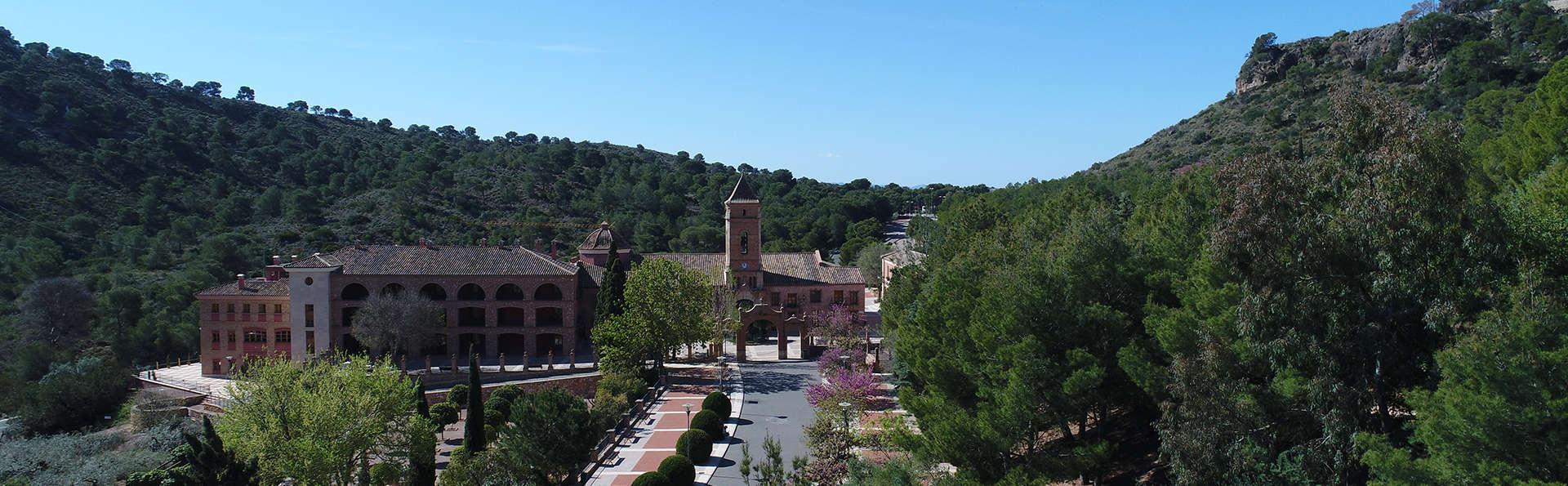 Hotel Jardines de la Santa - Edit_Totana2.jpg