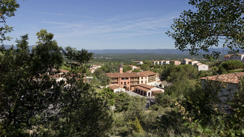 Pierre et Vacances Village Club Le Rouret - Edit_Hotel.jpg