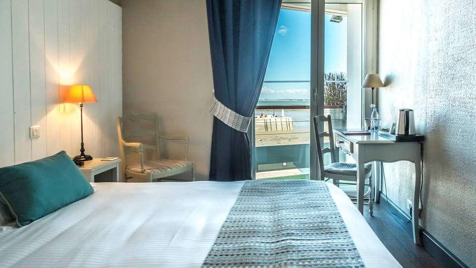 Hôtel de la Marée - Ile de Ré - EDIT_NEW_Room.jpg