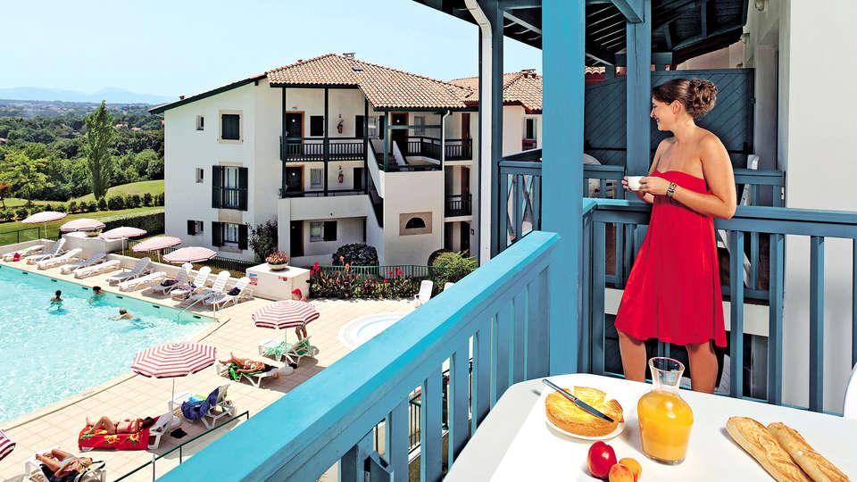 Pierre Et Vacances Les Terrasses d'Arcangues - Edit_Terrace.jpg