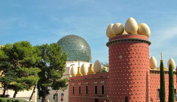 Mini-vacances à Barcelone avec excursion à Gérone et Figueres incluse (à partir de 3 nuits)