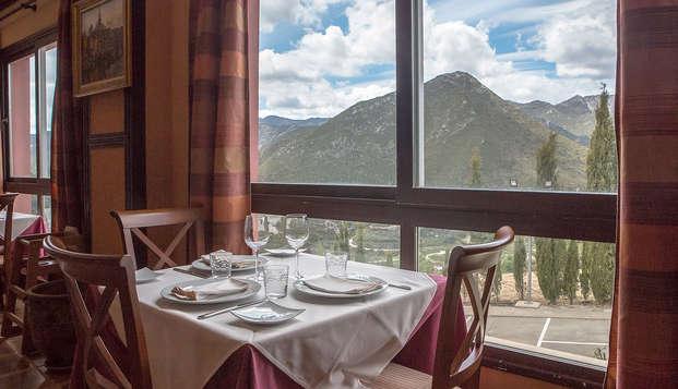 Escapada en Ojén con cena, spa y hermosas vistas sobre la Sierra de las Nieves