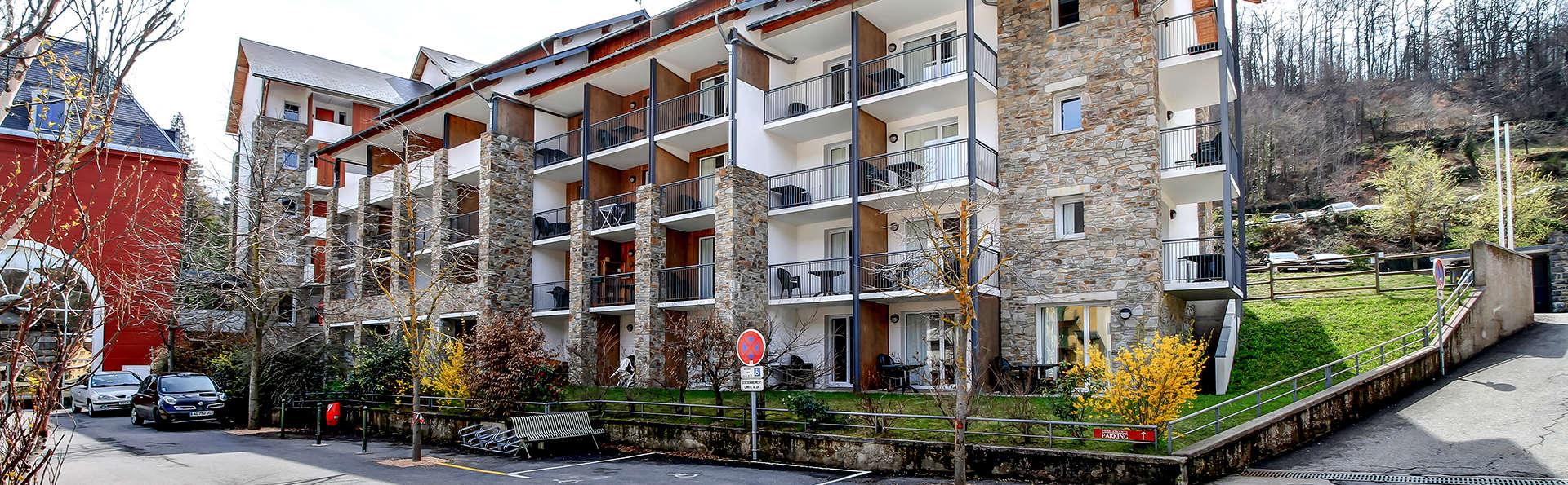 Pierre et Vacances Les Trois Domaines - Edit_Front3.jpg