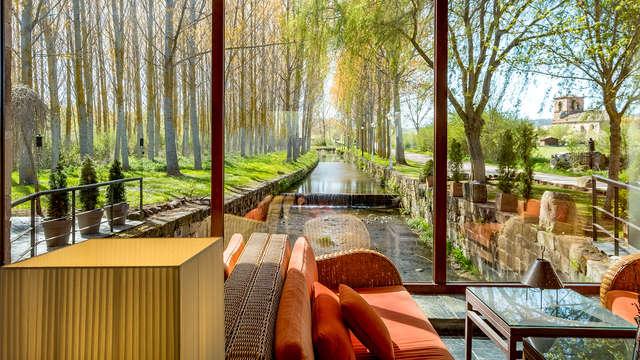 Escapada romántica en un molino modernista con un idílico entorno natural cerca de Palencia
