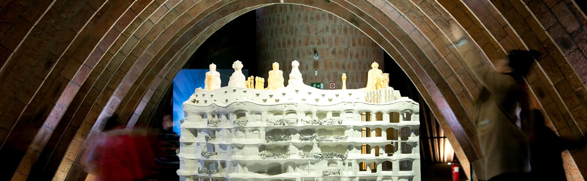 """Saveurs méditerranéennes: 1 dîner offert à Barcelone et accés à """"La Pedrera"""""""