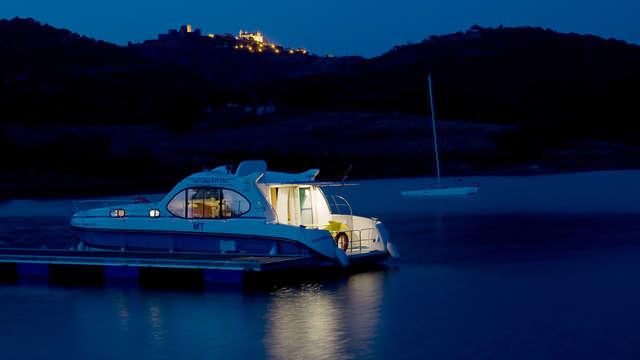 Vacanza nautica con bambini gratis e sconto sulla navigazione, vicino a Évora (2 notti)