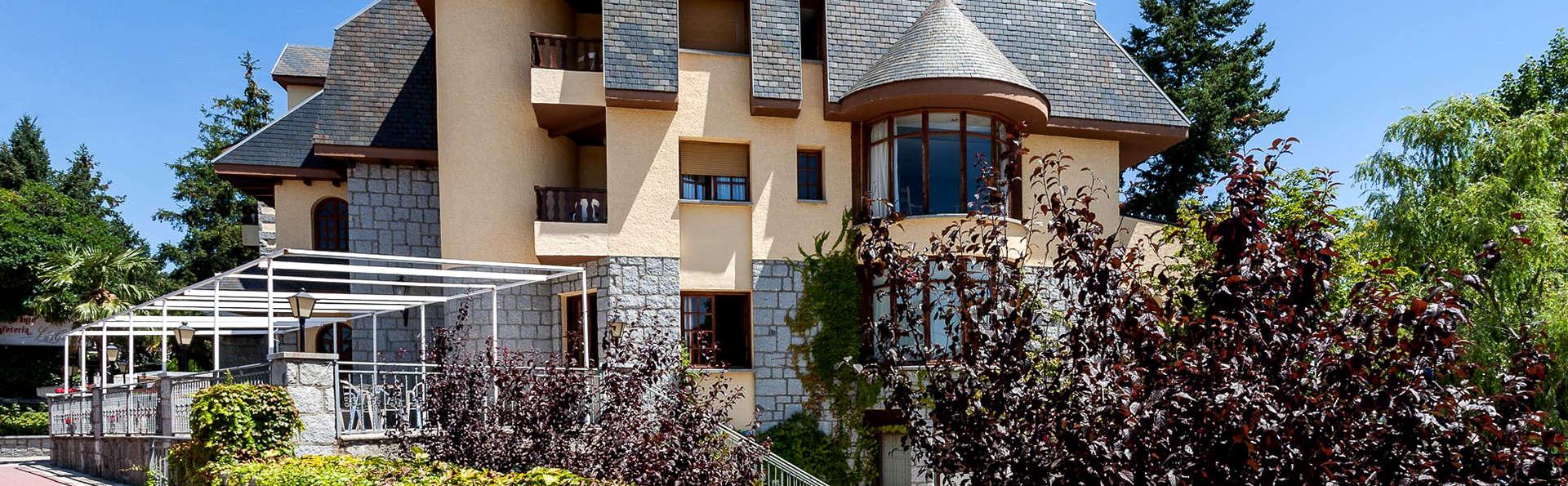 Hotel Las Gacelas - Edit_Front.jpg