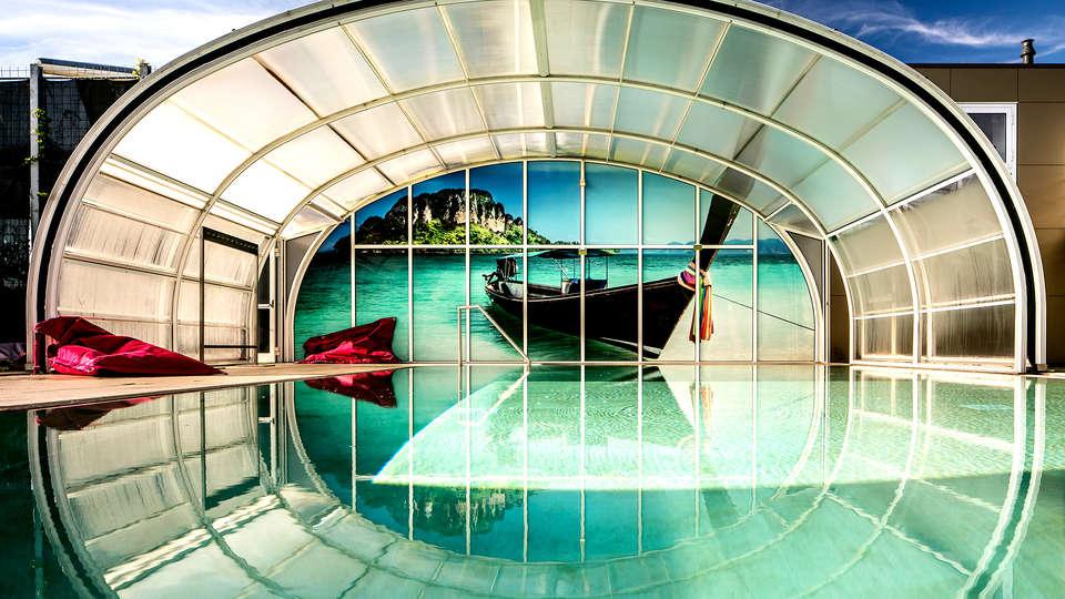 City Resort Hotel Mill - EDIT_NEW2_POOL.jpg