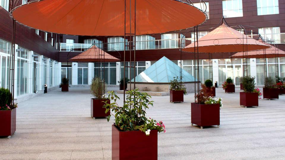 Hotel Beatriz Albacete & Spa - EDIT_NEW_TERRACE.jpg