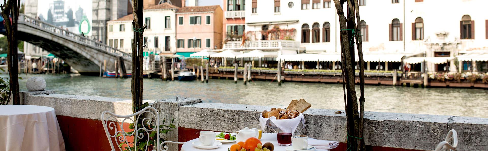 Séjournez dans un hôtel exclusif sur le Grand Canal
