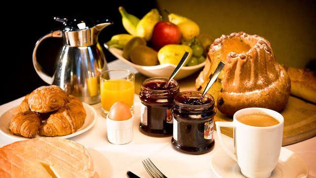 1 Desayuno tipo bufet