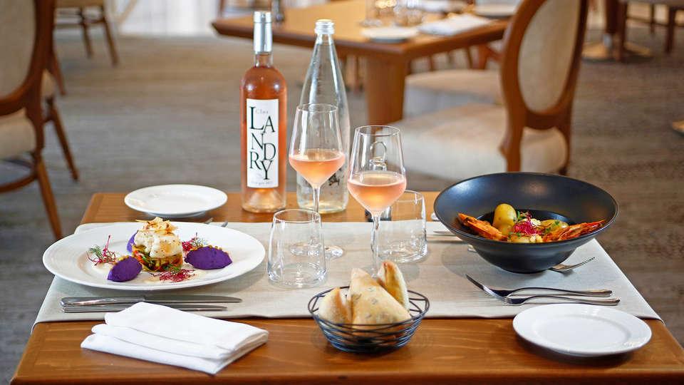Hôtel Corsica - edit_new_PRESENTATION-DES-PLATS.jpg