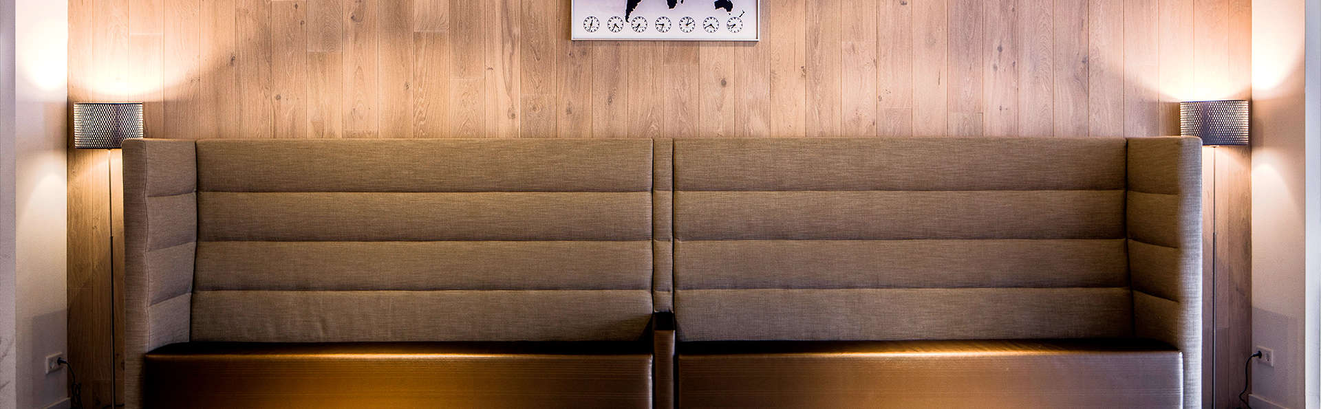 Babylon Hotel Den Haag - Edit_Lobby.jpg