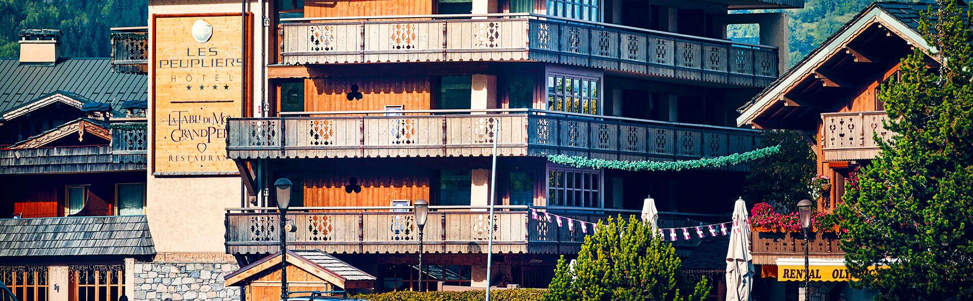 Hôtel Les Peupliers - Courchevel - edit_new_facade3.jpg