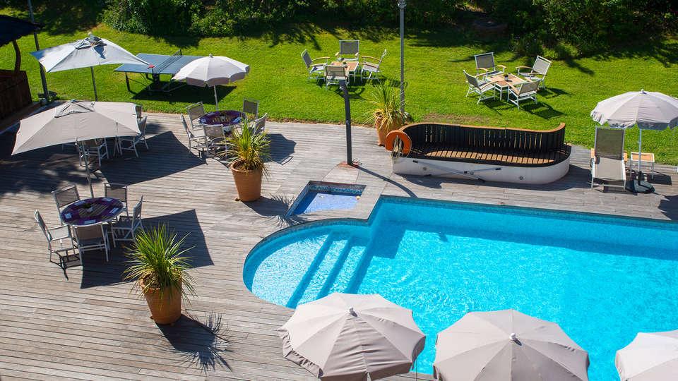 Mercure Hyères Centre - edit_new_terrace_pool.jpg
