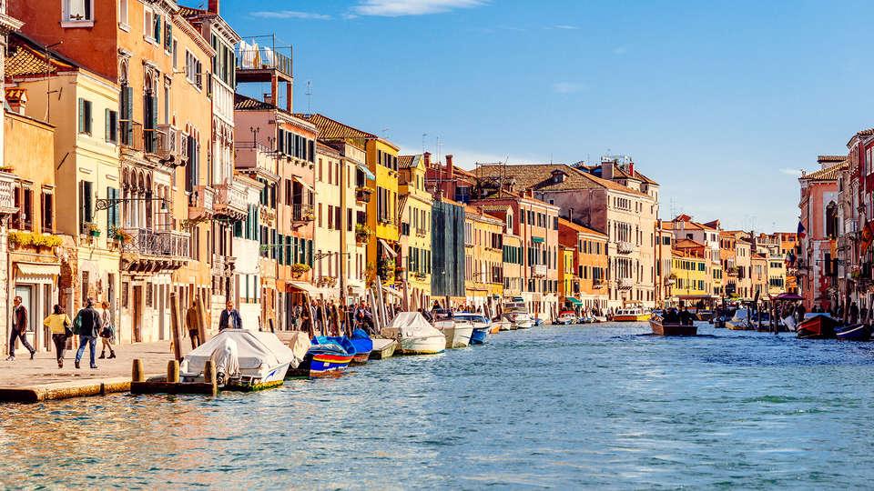 Ai Due Fanali - Edit_Venice.jpg