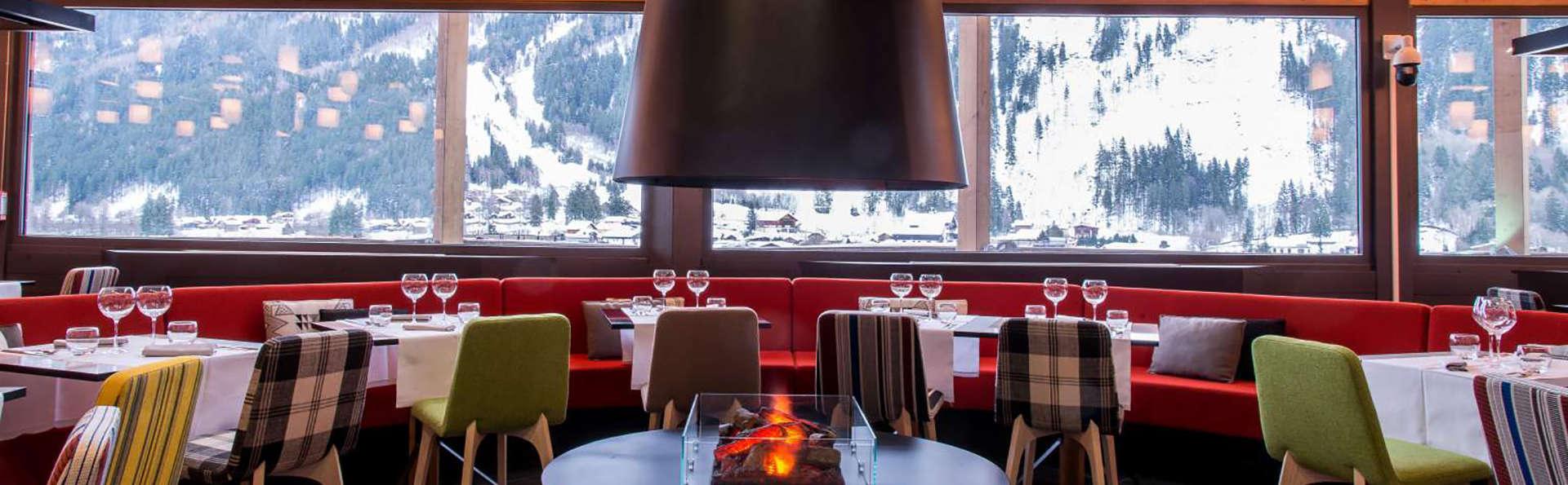 Détente et dîner dans un restaurant panoramique, à Chamonix