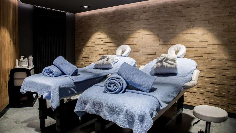 Alpina Eclectic Hotel Chamonix  - Edit_Wellness.jpg