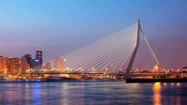 Overnacht in de Maasstad van Nederland; Rotterdam!