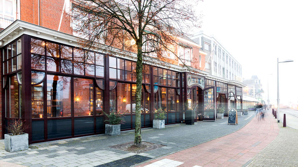 Oranje Hotel Leeuwarden - Edit_Front.jpg