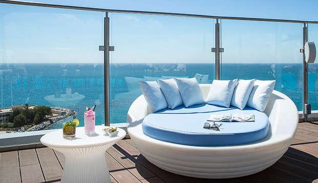 Couchers de soleil inoubliables avec vue panoramique sur la mer et cocktail (à partir de 2 nuits)