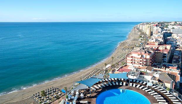 Vista mozzafiato sulla Costa del Sol e drink di benvenuto