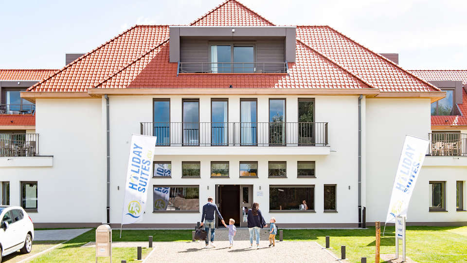 Holiday Suites Westende - EDIT_NEW_FRONT.jpg