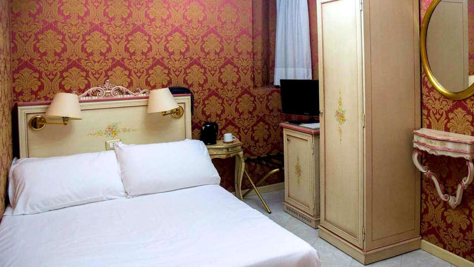 Hotel San Giorgio - Edit_room9.jpg