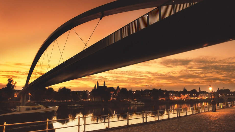 The Student Hotel Maastricht - EDIT__centrum_nieuwe_brug.jpg