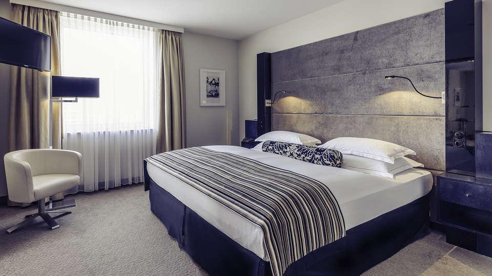 Mercure Hotel Bochum City - EDIT_room1.jpg
