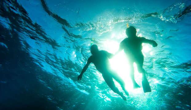 Découvrez Grenade avec parcours kayak, plongée, reportage photo à Motril (à partir de 3 nuits)