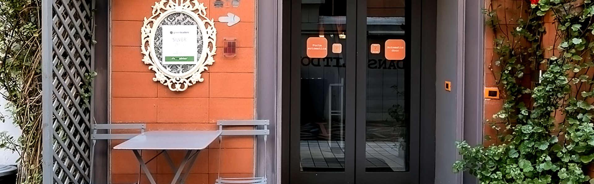 Orange Hotel - Edit_Entrance.jpg
