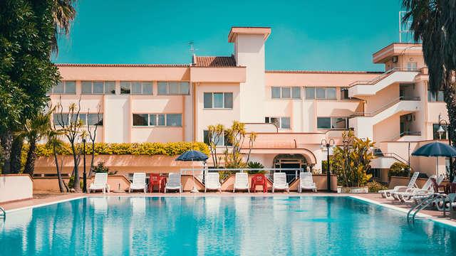 Réservez maintenant et économisez pour un séjour tout compris sur la mer de Corigliano Calabro